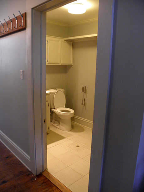Town Square Café Bathroom, Woodville Restaurant or Coffee Shop Rental | Mississippi, MS